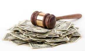 JPMorgan Chase và Credit Suisse bị phạt tổng cộng hơn 400 triệu USD