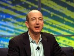 CEO Amazon trở thành doanh nhân của năm