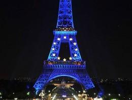 Pháp phản bác việc Moody's hạ tín nhiệm AAA