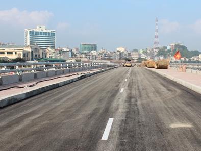 Quảng Ninh: Khánh thành tuyến đường bao biển núi Bài Thơ vào cuối tháng 11