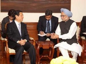 Ấn Độ và Trung Quốc ký 11 thỏa thuận hợp tác