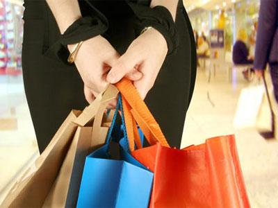 Niềm tin tiêu dùng Mỹ cao nhất trong vòng 4,5 năm qua