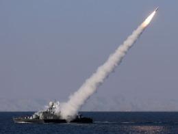 Iran chuẩn bị ra mắt chiến hạm mang tên lửa mới