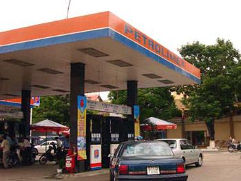 Hà Nội: Phát hiện hàng loạt sai phạm trong kinh doanh xăng dầu