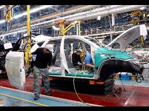 Sản lượng công nghiệp Nhật Bản bất ngờ giảm mạnh