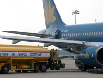 Giảm thuế suất nhập khẩu xăng máy bay, nhiên liệu bay