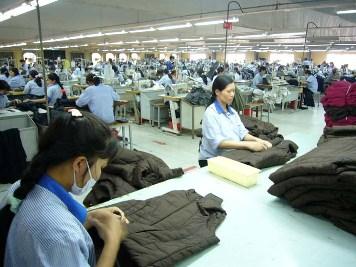 Khả năng đơn hàng xuất khẩu dệt may tiếp tục giảm trong năm 2013