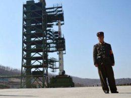 Tên lửa sắp phóng của Triều Tiên có thể bắn tới Mỹ