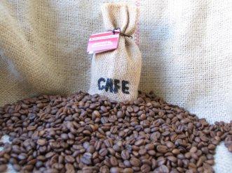Giá cà phê trong nước phục hồi 200 nghìn đồng/tấn