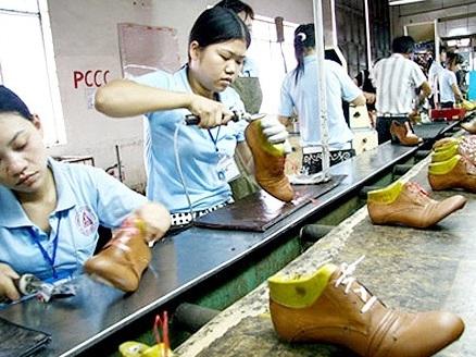 Đơn hàng của doanh nghiệp da giầy sụt giảm 25-30%