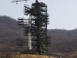Iran bí mật hỗ trợ Triều Tiên phóng tên lửa