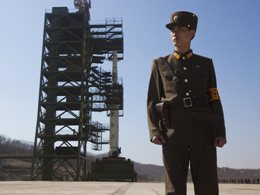 Triều Tiên tháo rời tên lửa để sửa chữa trục trặc