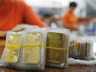 Vàng giảm mạnh xuống 46,8 triệu đồng/lượng