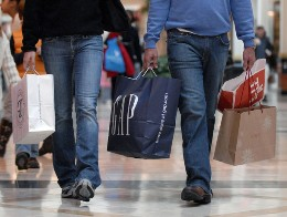 Doanh số bán lẻ Mỹ tăng trở lại trong tháng 11