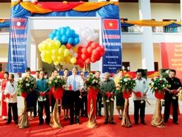 BIDV khánh thành và bàn giao công trình trường Trung học Đông Savẳn 1,1 triệu USD cho Lào