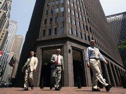 Goldman Sachs bị phạt 1,5 triệu USD vì thiếu sót trong giám sát giao dịch