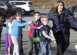 Xả súng kinh hoàng tại trường học Mỹ