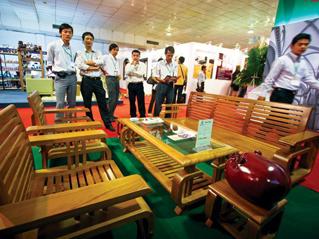 Doanh nghiệp gỗ tính chuyện quay lại thị trường nội địa