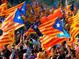 Catalonia hủy kế hoạch trưng cầu tách khỏi Tây Ban Nha