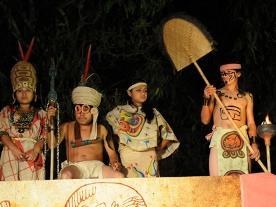 Vì đâu nền văn minh Maya suy tàn?
