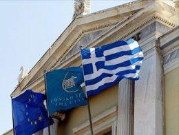 Hy Lạp cần thêm gói cứu trợ hơn 13 tỷ USD
