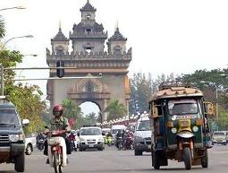 Trung Quốc rót hàng tỷ USD vào bất động sản Lào