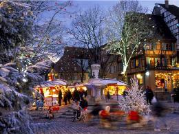 Không khí chào đón Giáng sinh khắp thế giới qua ảnh