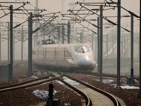 Trung Quốc vận hành tuyến đường sắt dài nhất thế giới