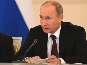 Tổng thống Putin ký luật cấm người Mỹ nhận con nuôi Nga