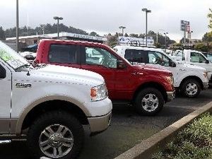 Doanh số xe mới tại Mỹ sẽ vượt ngưỡng 15 triệu chiếc năm 2013