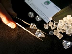 Ngành chế tác kim cương Israel tìm cách vượt khó