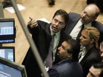 S&P 500 mất mốc cao nhất 5 năm  trước mùa báo cáo lợi nhuận