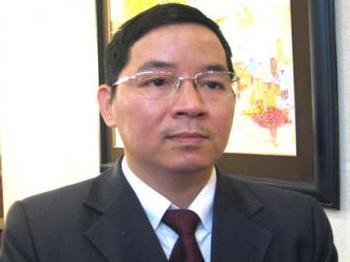 TS Vũ Thành Tự Anh nêu giải pháp gỡ khó kinh tế 2013