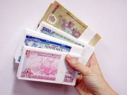 NHNN đáp ứng đủ tiền mọi mệnh giá cho Tết 2013