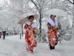 Nhật Bản tê liệt vì bão tuyết lớn bất thường