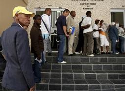 World Bank: 200 triệu người trên thế giới thất nghiệp