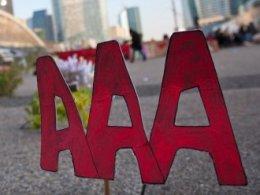 Fitch cảnh báo Anh có nguy cơ mất xếp hạng AAA
