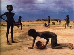 Thu nhập của 100 người giàu nhất thế giới 2012 đủ cứu thế giới thoát nghèo