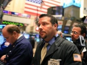 S&P 500 lập đỉnh mới 5 năm