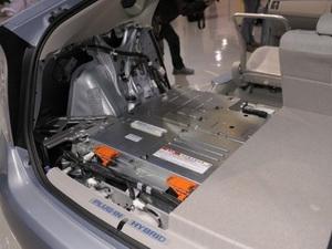 Sony, Nissan, NEC được khuyên sáp nhập hãng sản xuất pin