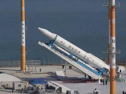 Hàn Quốc phóng thành công vệ tinh trước đe dọa của Triều Tiên