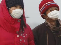 Trung Quốc đóng cửa hàng loạt nhà máy do sương mù ô nhiễm