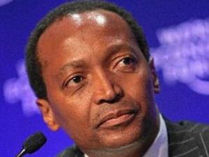 Tỷ phú đầu tiên ở châu Phi tuyên bố hiến nửa tài sản