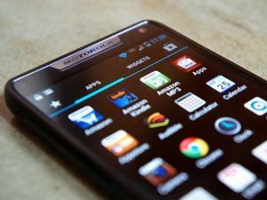 Google - Motorola tìm nhân tài chế tạo siêu điện thoại