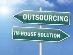 Kỷ nguyên gia công và thuê ngoài đến hồi kết (Phần 2)