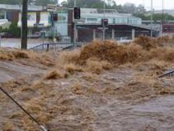 Australia hứng chịu trận lũ lụt lớn nhất trong 200 năm