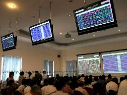 BVH, GAS kéo VN-Index tăng điểm