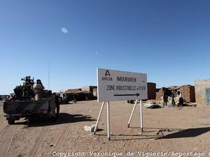 Pháp điều động quân đến Niger để bảo vệ mỏ urani