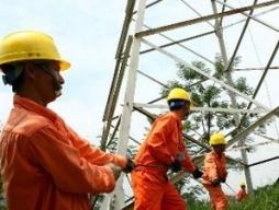 Gần 17.000 tỷ đồng đầu tư hệ thống truyền tải điện trong 2013