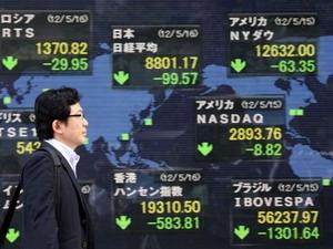 Chứng khoán châu Á giảm mạnh do lo ngại châu Âu